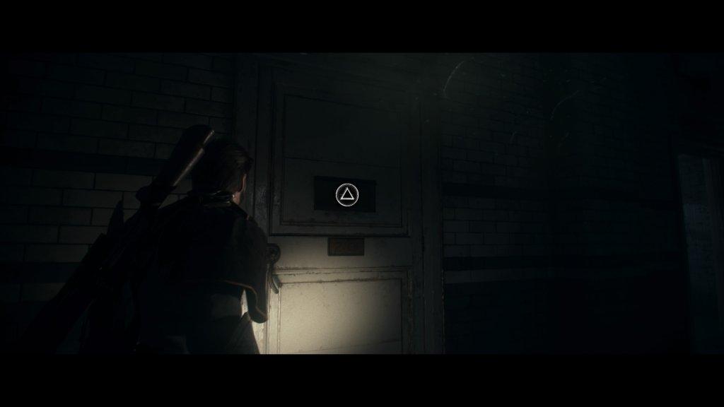 病室のドア2-01
